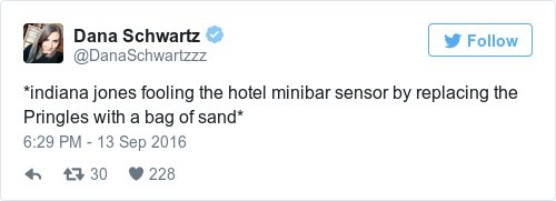 Tweet by @Dana Schwartz