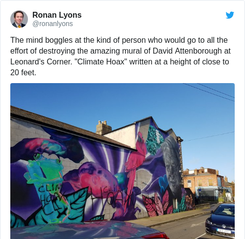 Tweet by @Ronan Lyons